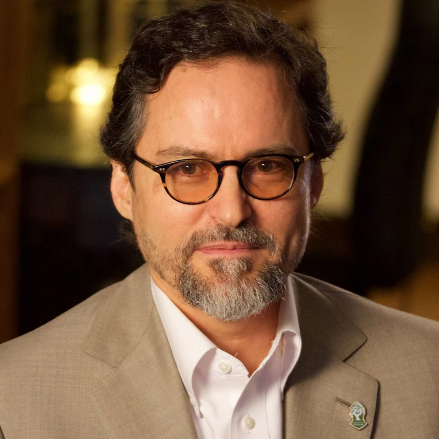 Hamza Yusuf Nov2015Cropped